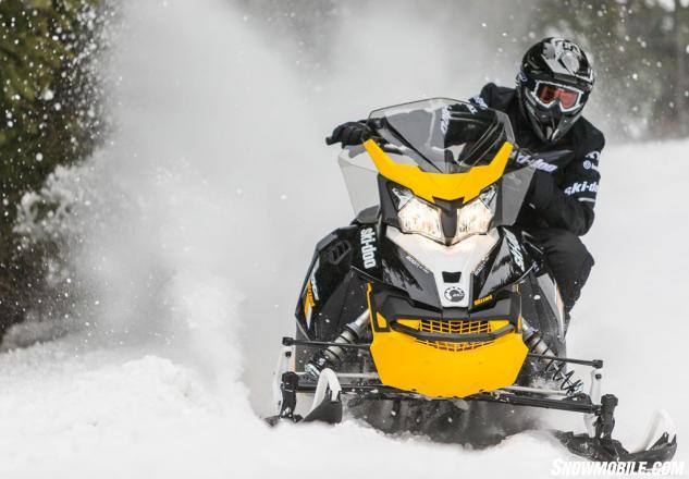 2016 Ski-Doo MXZ Blizzard Action